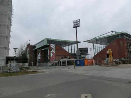 ミラントーア・シュタディオン(Millerntor-Stadion)