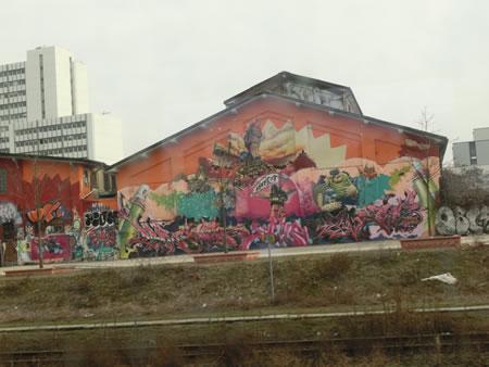 ヴィースバーデン中央駅付近ストリートアート